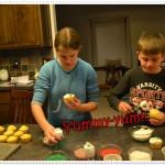We Ice Cupcakes
