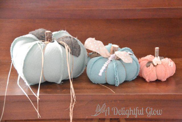 burlap-pumpkins-1