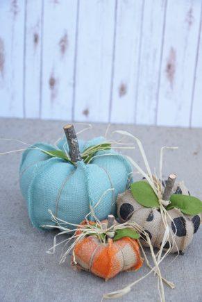 burlap-pumpkins-6