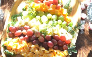 Cheese and Grapes Tray